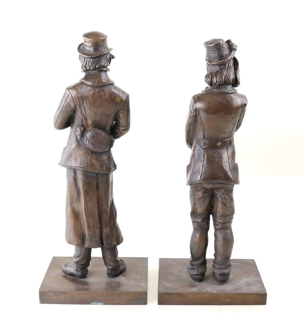 Pair of Bronze Musicians - 3