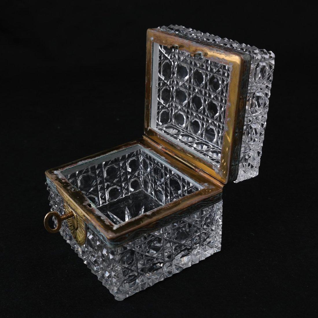 Fine Crystal Jewelry Box - 4