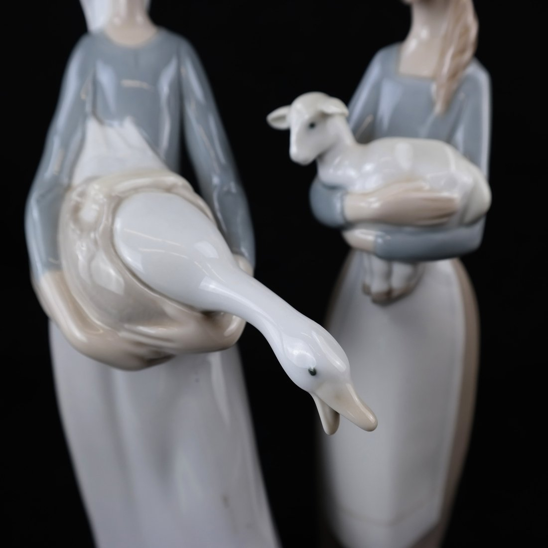 Two Lladro Female Figures - 3