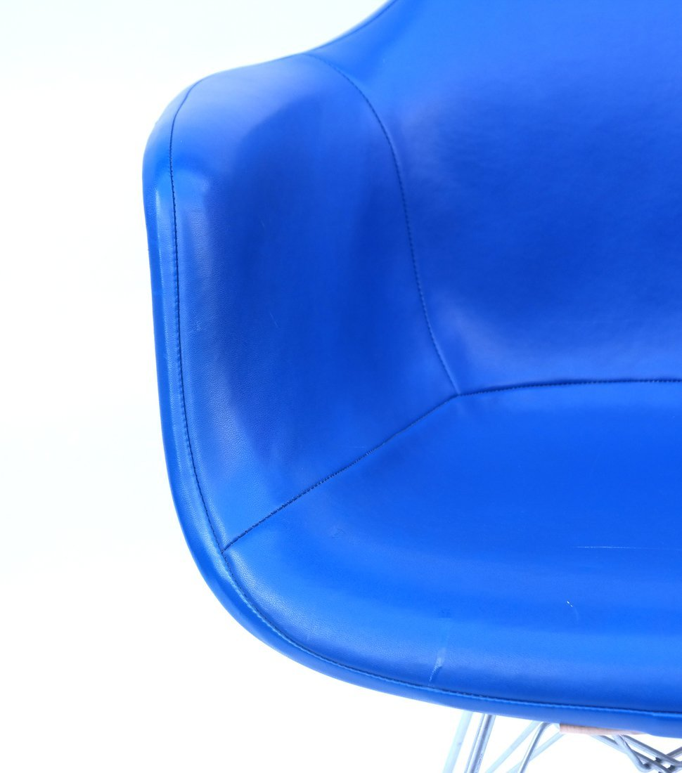 Herman Miller Blue Chair - 4