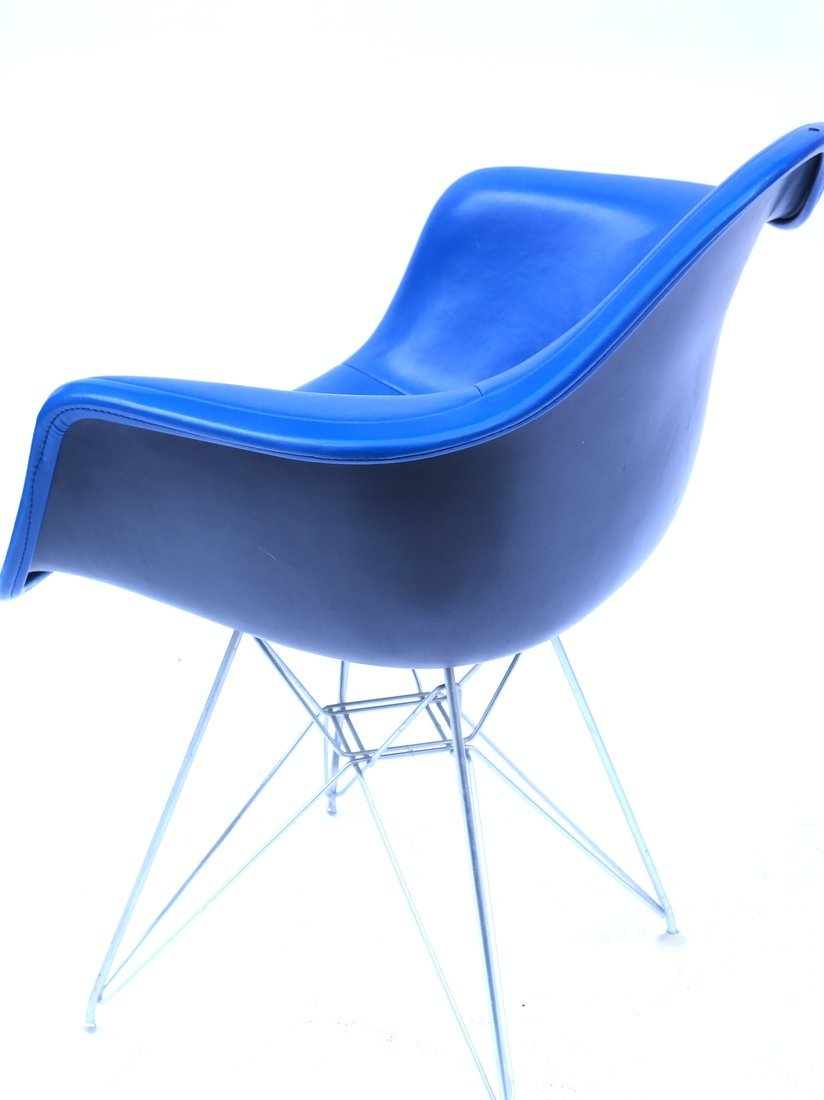 Herman Miller Blue Chair - 6