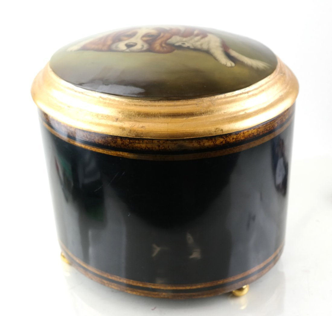 Parcel Gilt Hinged Oval Box