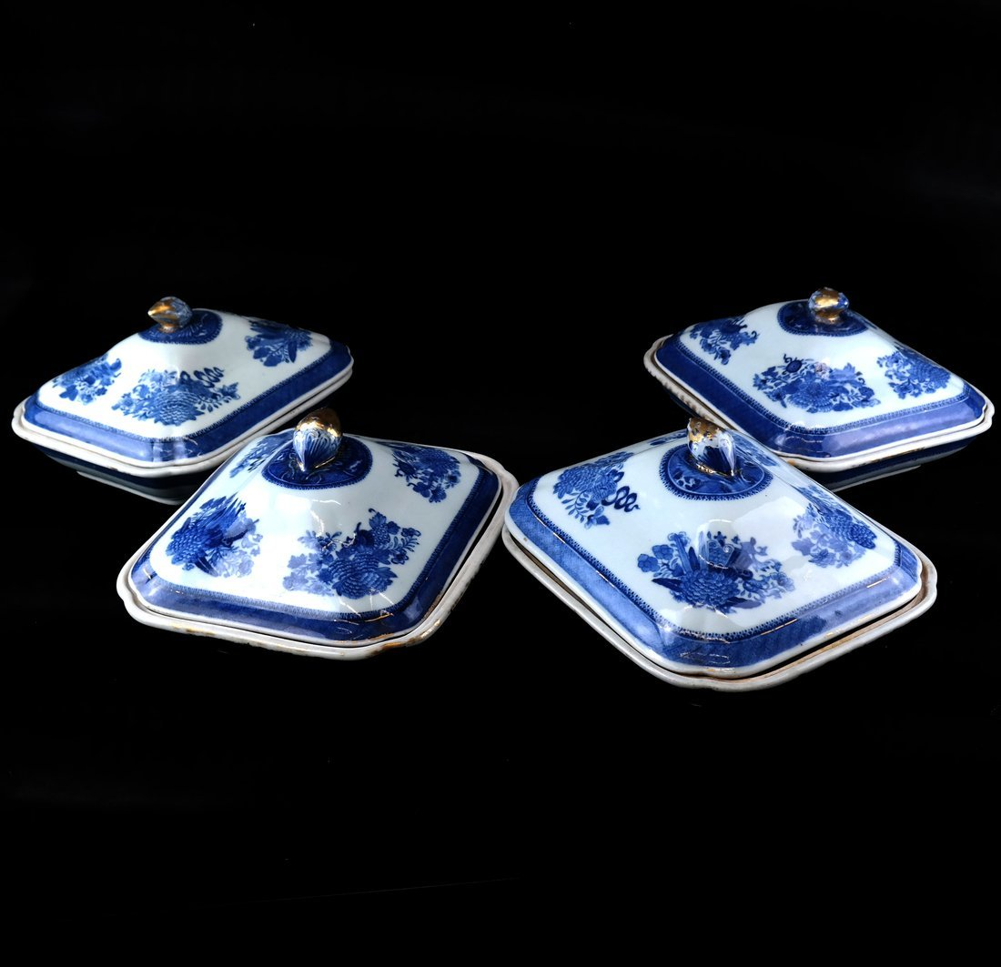 4 Chinese Blue/White Covered Tureens