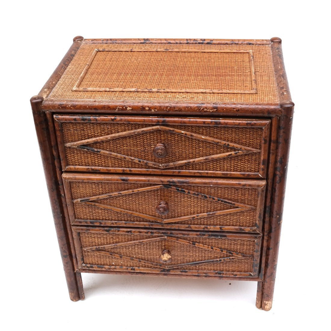 Bamboo-Style Bachelor's Chest - 2