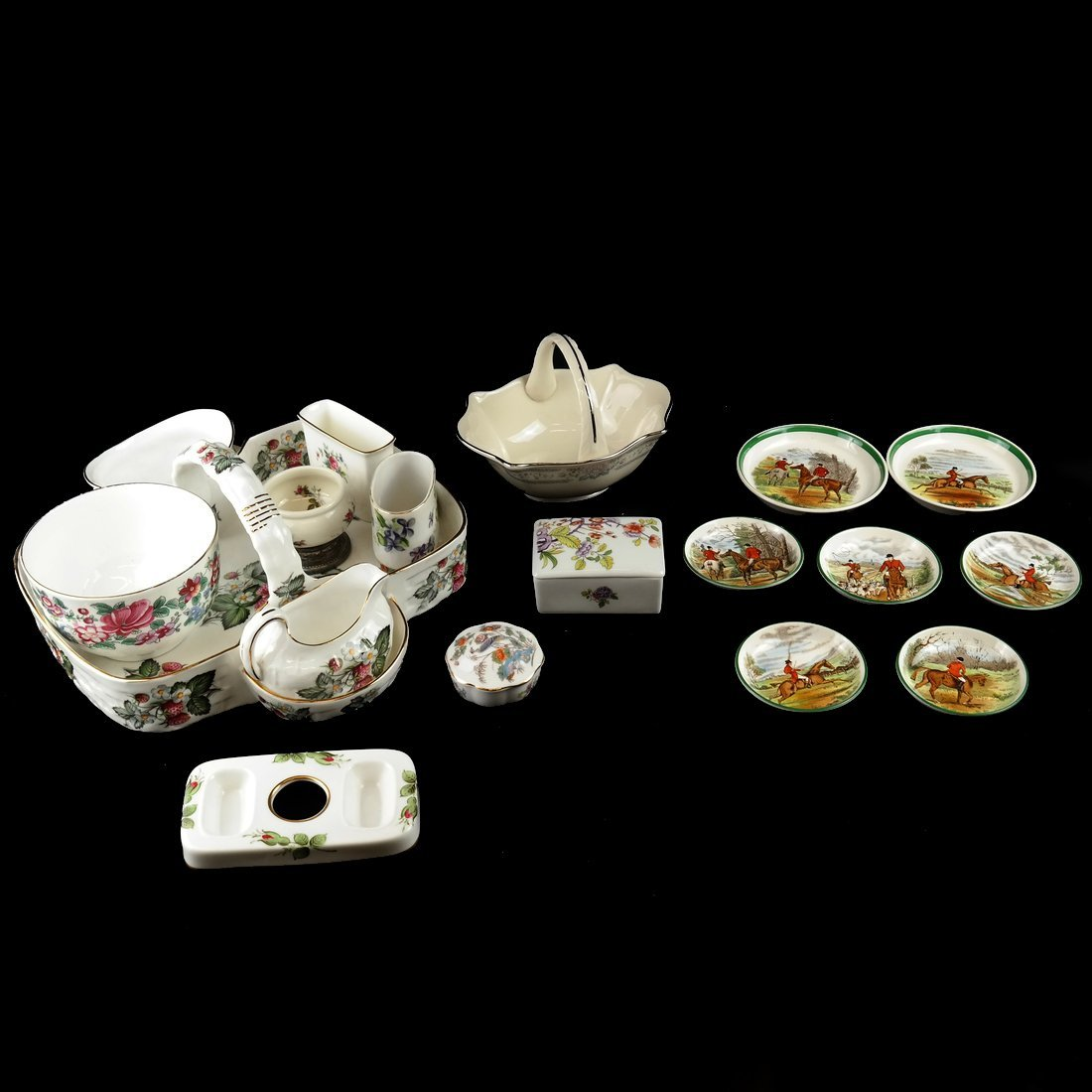 18 Assorted Porcelain Articles