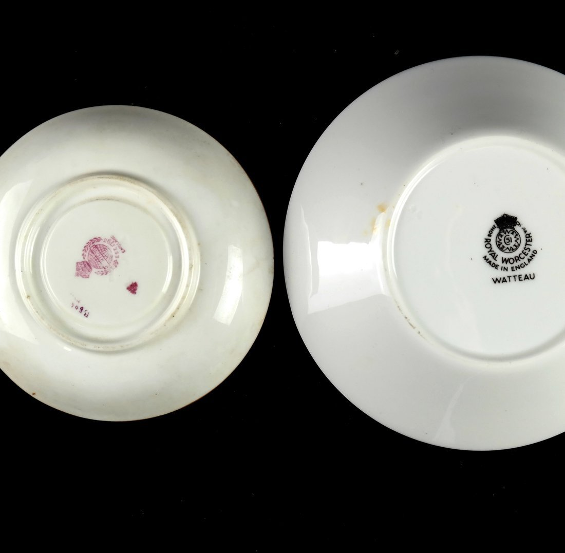 55 Pieces of English Porcelain - 10