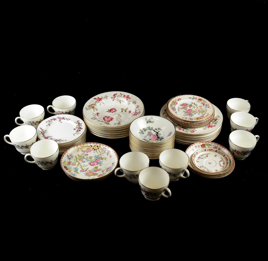 55 Pieces of English Porcelain