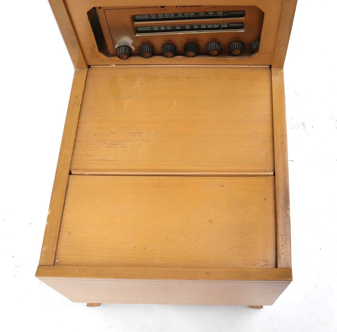 Vintage Radio Table - 3