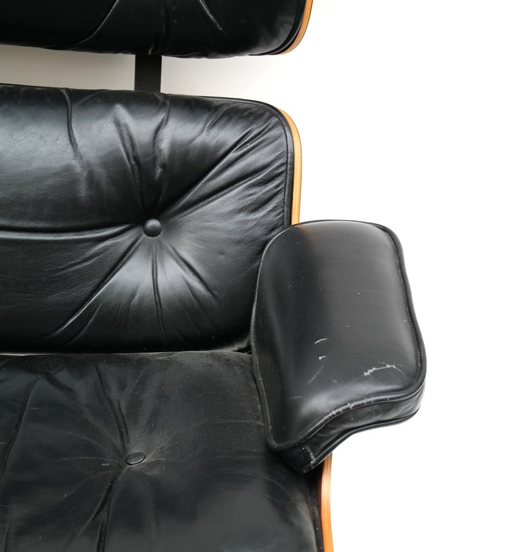Herman Miller Eames Chair & Ottoman - 3