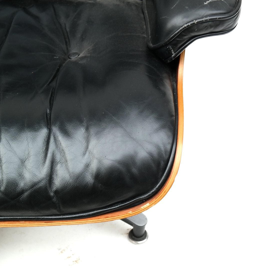Herman Miller Eames Chair & Ottoman - 4