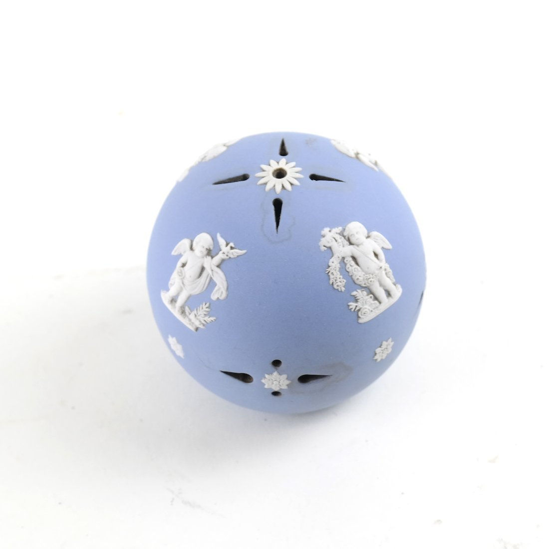 8 Asst. Blue and White Decorated Objects - 7
