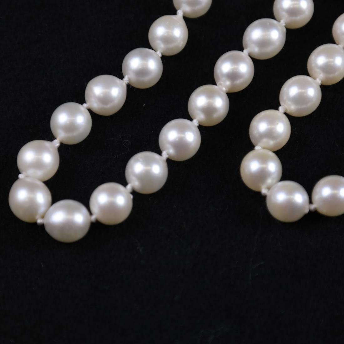 Two Cultured Pearl Necklaces - 3