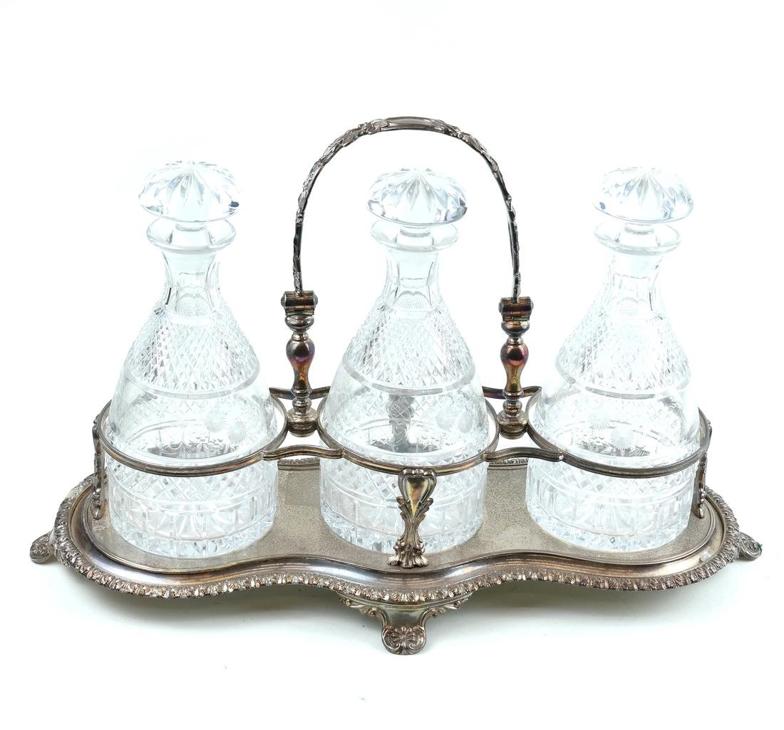 Silver-Plated and Crystal Tantalus Set - 2