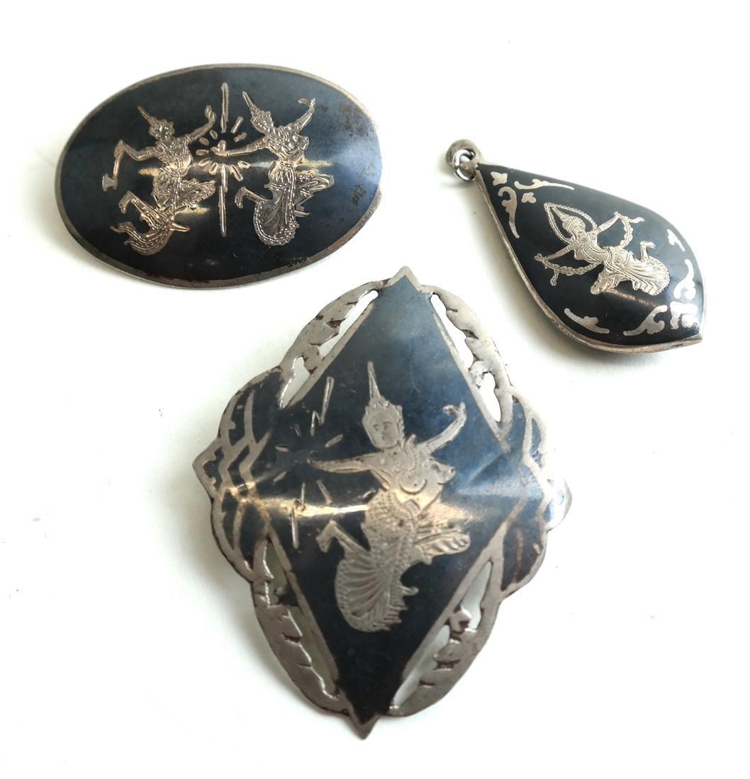 Twenty-Five Siam, Silver Jewelry Items - 7