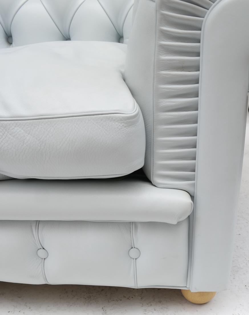 Pair of Poltrona Frau Club Chairs - 3