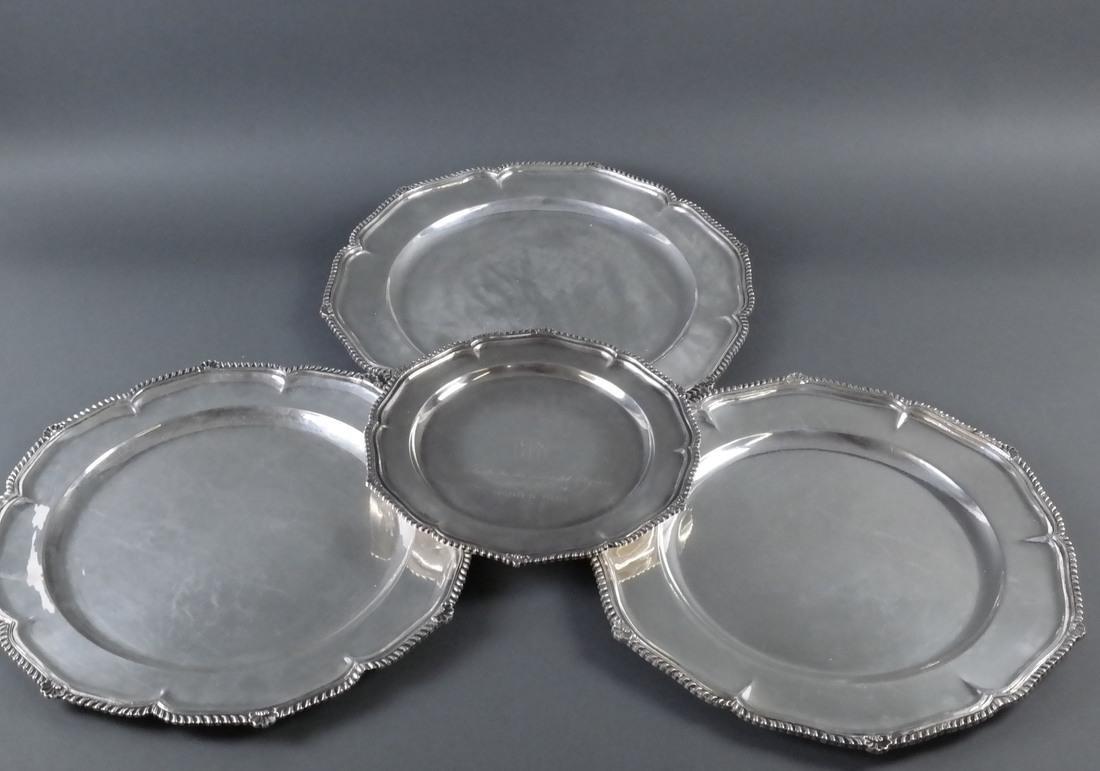 4 .900 Standard Silver Graduated Platters