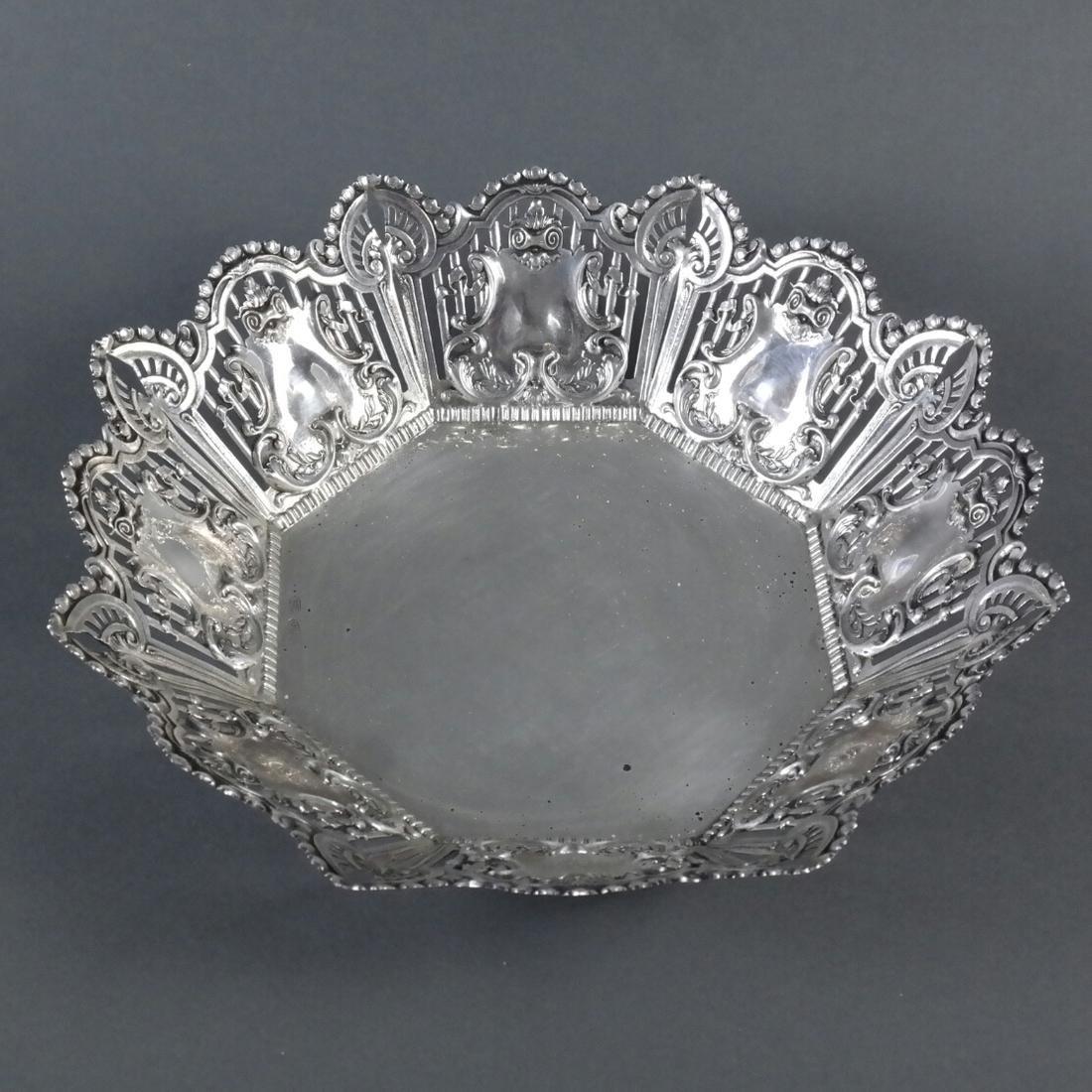 .900 Standard Silver Ornate Centerpiece