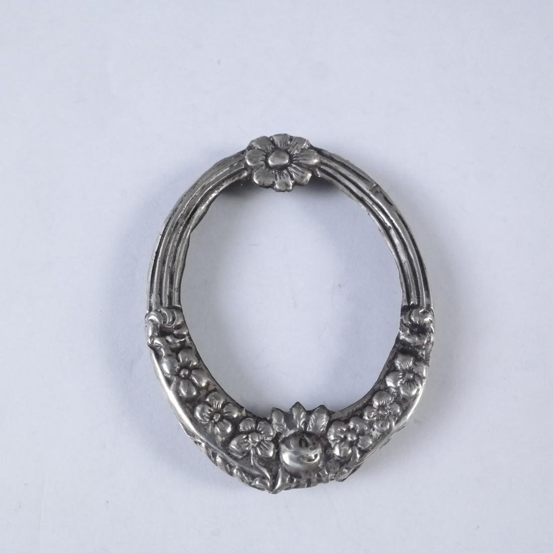 Assorted Continental Silver Small Items - 8
