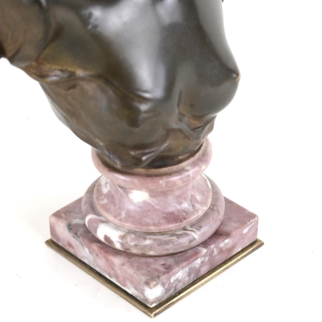 P. Sado, Bronze Bust Of A Lady - 3