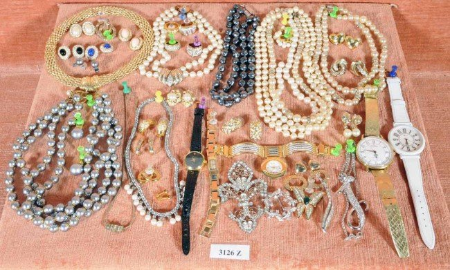 410: Lot of Costume Jewelry.  Watches, Necklaces, Earri