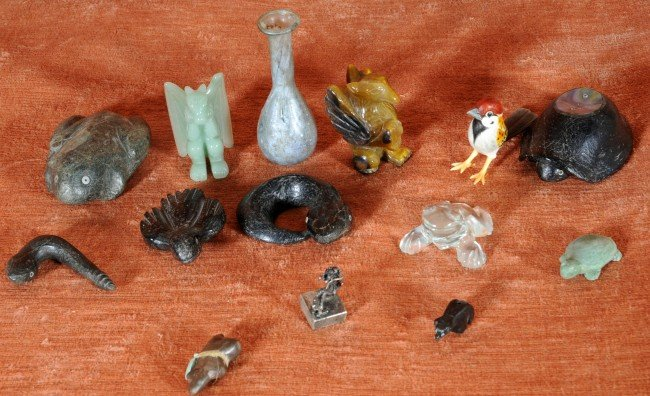 11: 14 Miscellaneous Small Items, Stone, Carvings, Glas