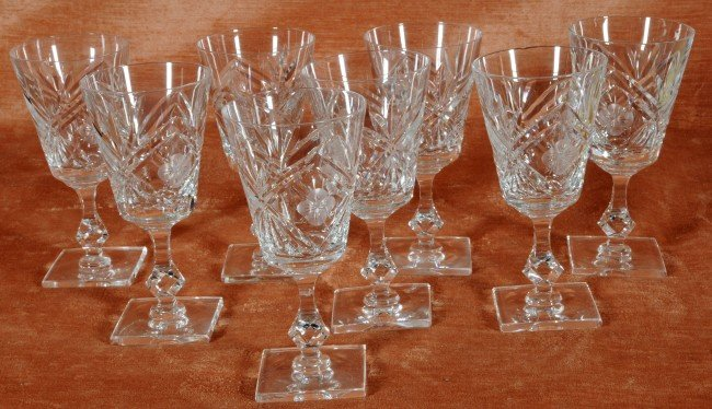 21: 8 Clear Cut Glass Goblets.  Floral Decoration.  7 1