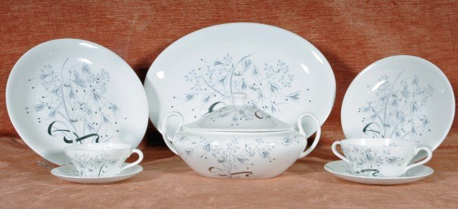 105: 91 Pc. Eng. Wedgwood Porcelain Dinnerware.  12 Din