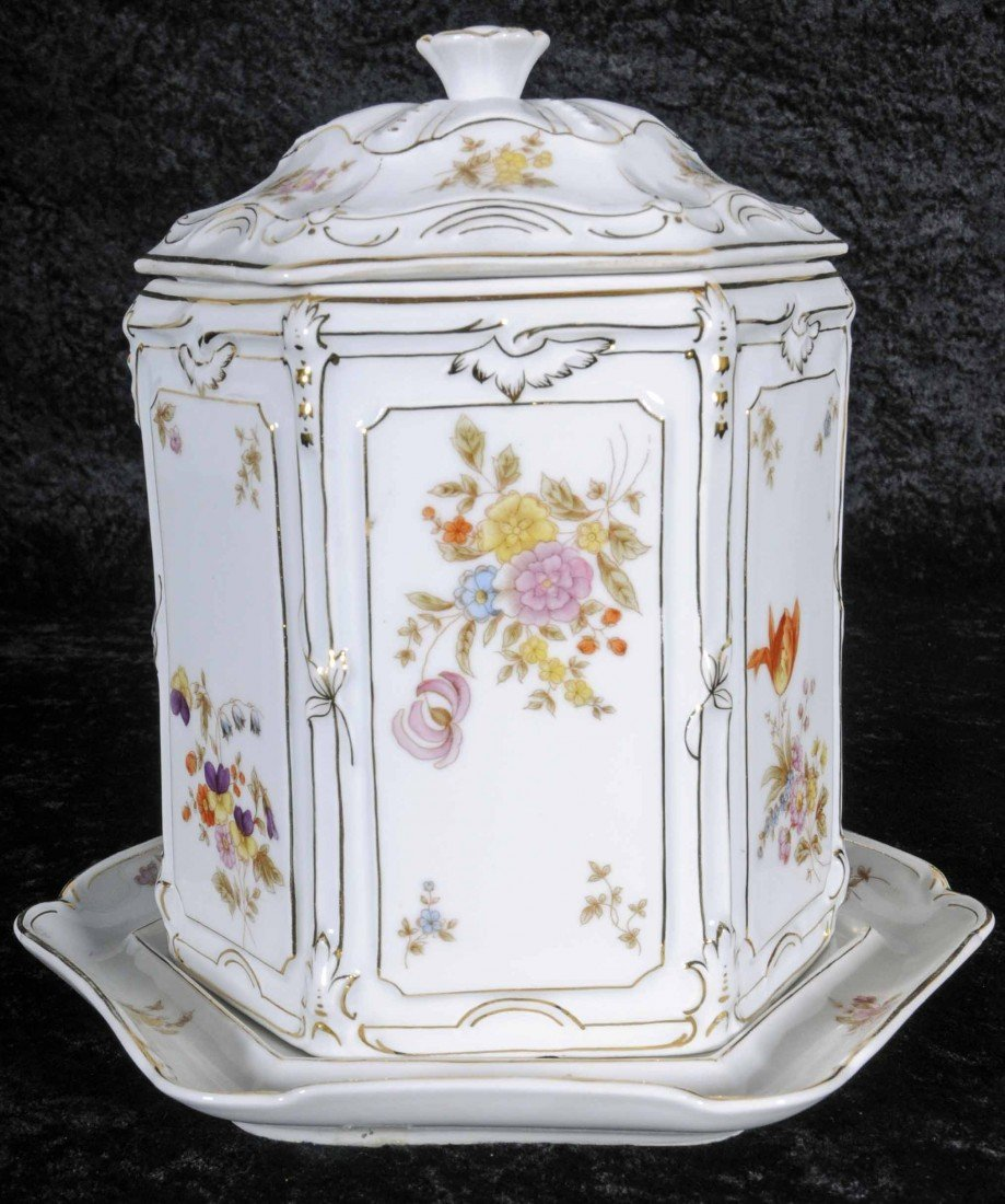 10: EUROPEAN COVERED BISCUIT BARREL W/ UNDERPLATE. MULT