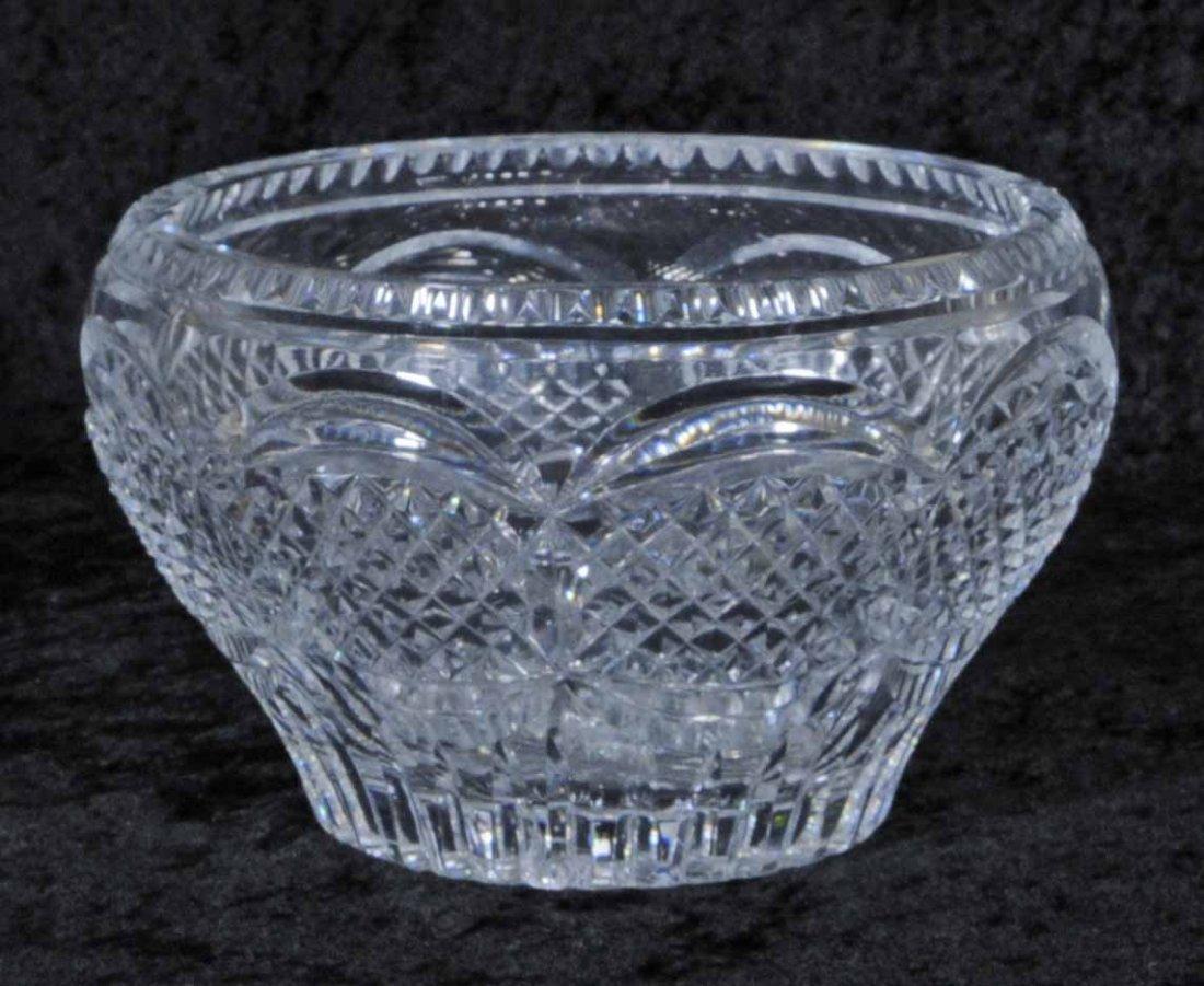 13: ROUND CUT GLASS BOWL WITH CUT DIAMOND DESIGN. 5 1/2