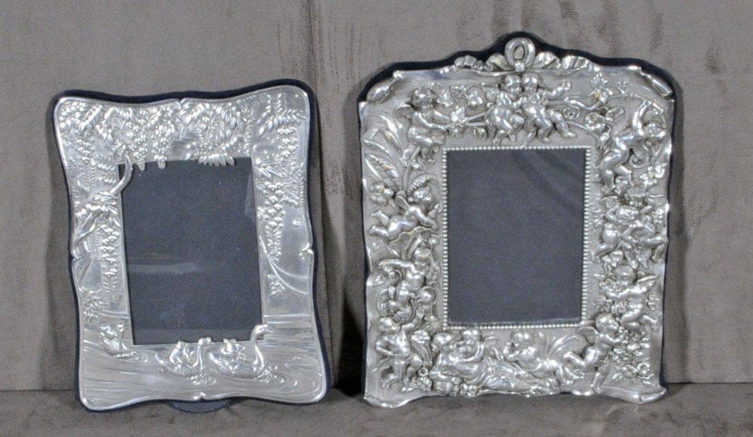 10: 2 STERLING SILVER PICTURE FRAMES.