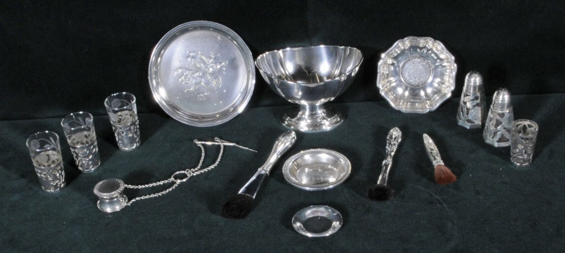 7: LOT OF STERLING SILVER PIECES. PEDESTAL BOWL, 4 SMAL