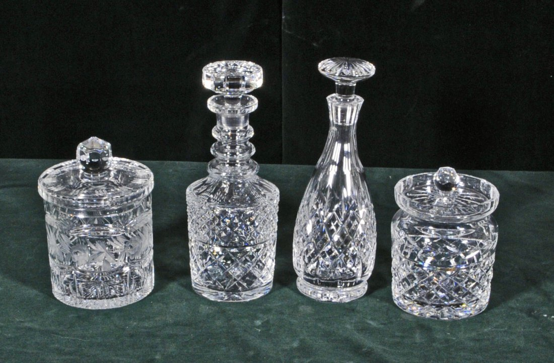 14: FOUR CUT GLASS PIECES. CONSISTING OF TWO COVERED JA
