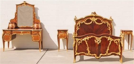 174: EARLY 20TH C. 4 PC L XV STLYE FRENCH BEDROOM SET.