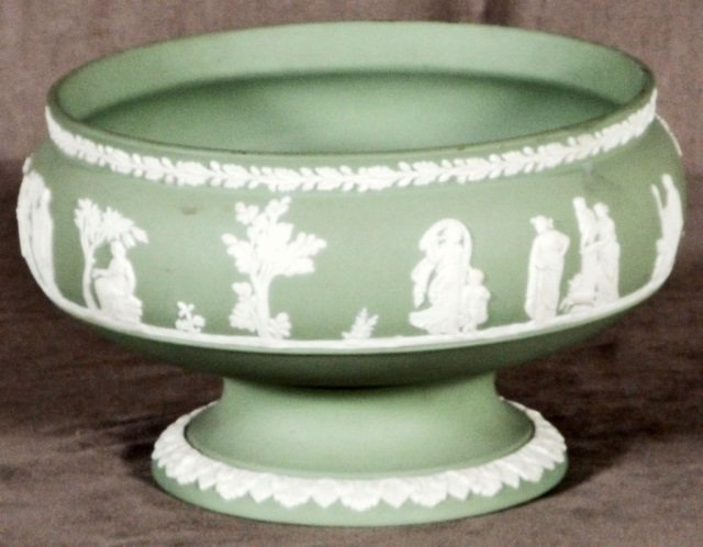 5: GREEN WEDGWOOD PEDESTAL  BOWL WITH WHITE FIGURES AND