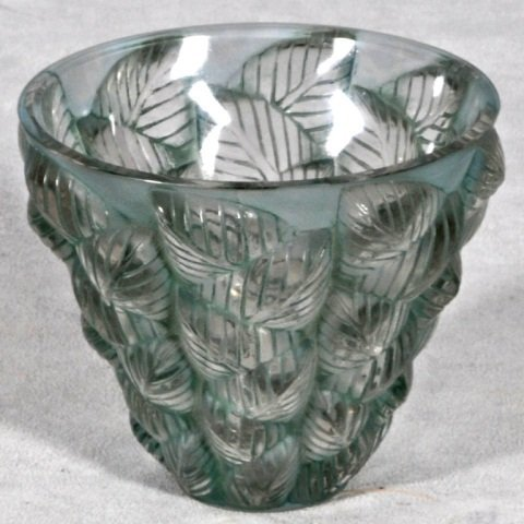 108: FRENCH R. LALIQUE GLASS VASE. GREEN STAINED MOSAIC