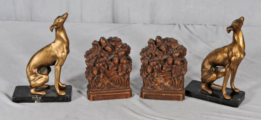 2 PAIR OF BOOKENDS. CONSISTING OF A PAIR OF METAL DOGS