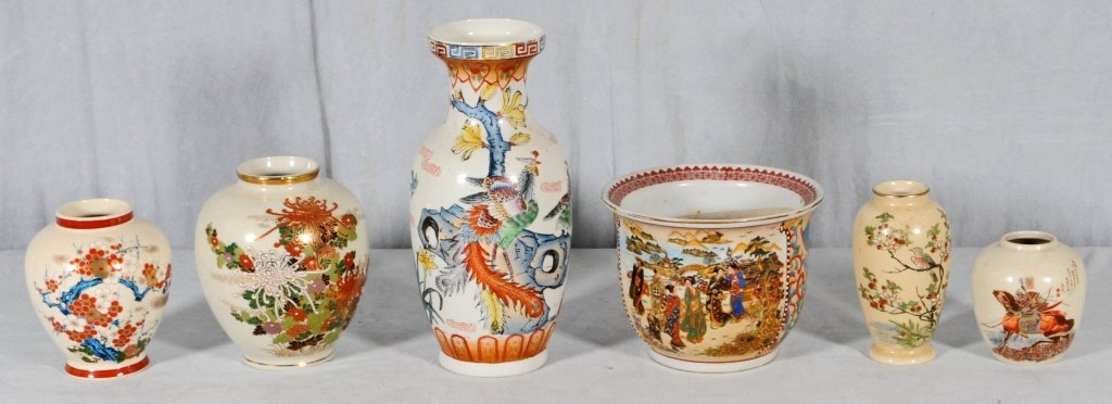 6 SATSUMA PORCELAIN VASES. FLORAL DECORATION. SM. 4 1/4
