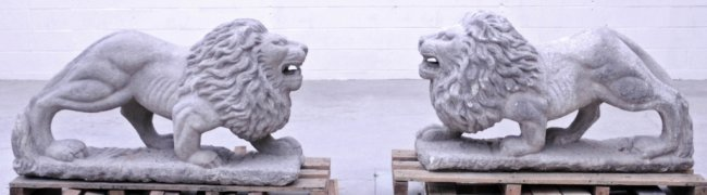 18/19th C. LARGE PAIR OF CARVED STONE LIONS. LIFE SIZE.