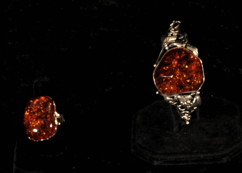 2  AMBER &  STERLING  SILVER PIECES  OF  JEWELRY. CONSI