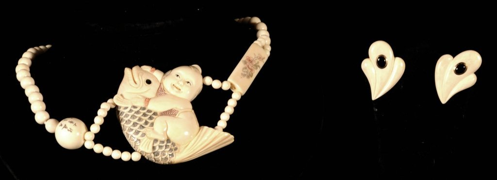 3 PC. CARVED IVORY  SET.  CONSISTING OF A NECKLACE AND