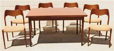 7 PC  DANISH MODERN DINING ROOM SET CONSISTING OF  A