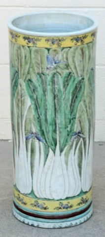 CHINESE PORCELAIN UMBRELLA  STAND.  GREEN  LEAF AND