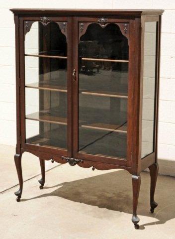 Queen Anne Curio Cabinet | MF Cabinets