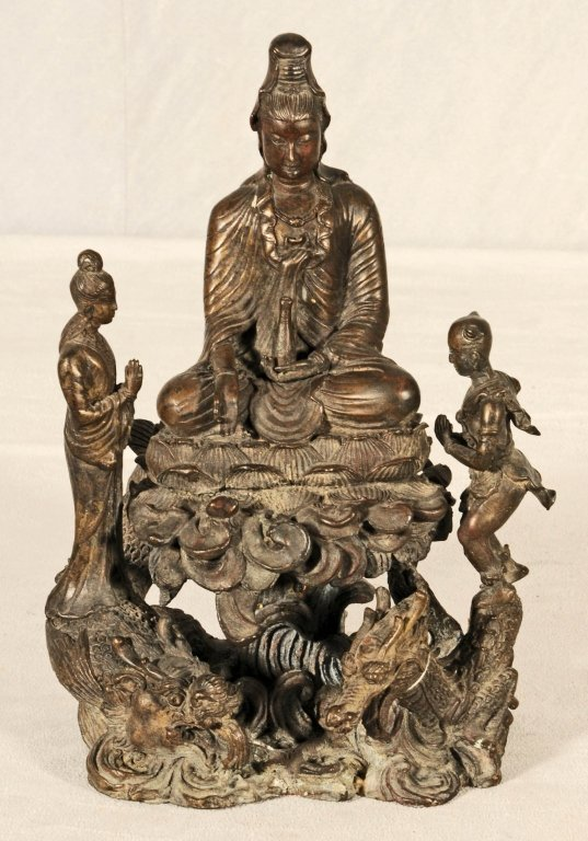 BRONZE FIGURE OF A SEATED BUDDHA  IN THE LOTUS