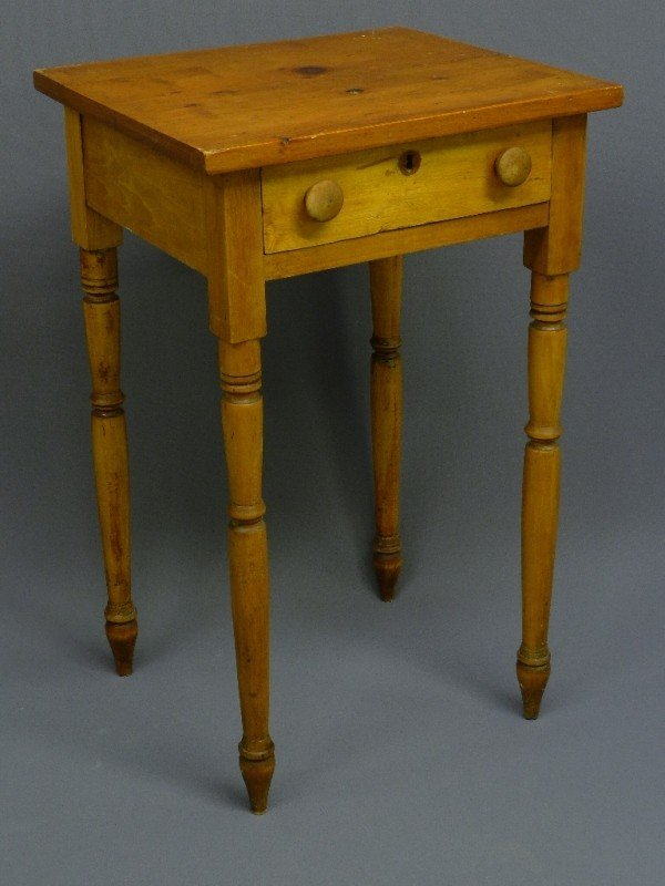 "5: COUNTRY ANTIQUE PINE PEGGED ONE DRAWER STAND, H 28"","