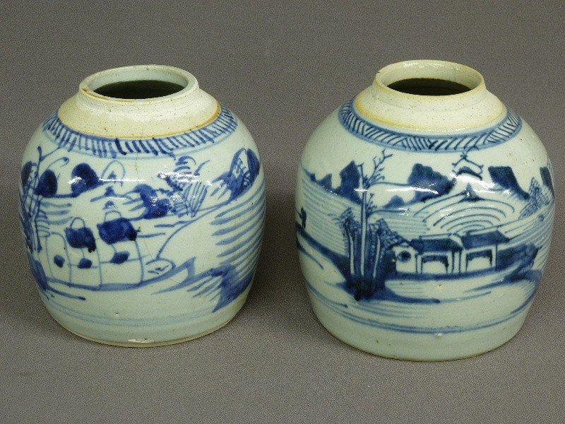 18: PAIR OF Circa 1900 CHINESE CANTON BLUE & WHITE GING