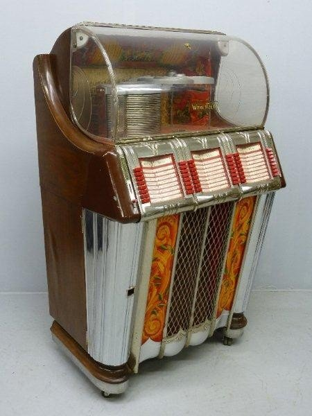 265: 1950's Signed WURLITZER Model 1250 Jukebox, Hgt 60 - 2