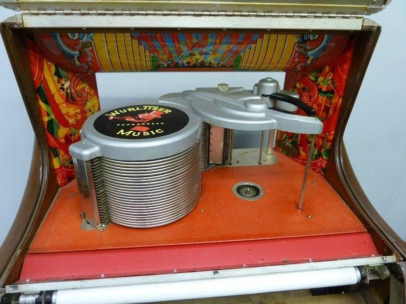 265: 1950's Signed WURLITZER Model 1250 Jukebox, Hgt 60 - 9