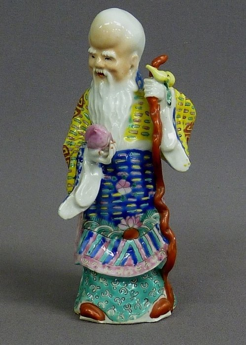 20: SIGNED CHINESE PORCELAIN FIGURE OF ELDER - Height 7