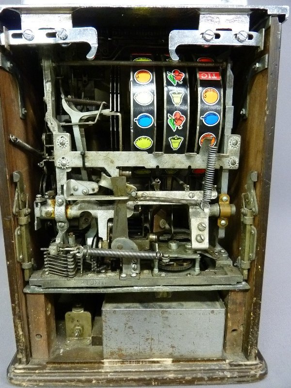 Circa 1940's Jennings Governor 25 Cent Slot Machine Tic - 5
